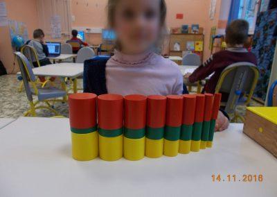 Matériel pédagogique - Jeu de réflexion couleurs